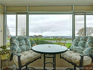 Photo 3: 115 9560 Fifth St in SIDNEY: Si Sidney South-East Condo for sale (Sidney)  : MLS®# 725513