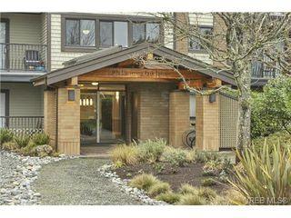 Photo 2: 315 1870 Mckenzie Ave in VICTORIA: SE Gordon Head Condo Apartment for sale (Saanich East)  : MLS®# 727377