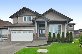 Photo 1: 27748 LANTERN Avenue in Abbotsford: Aberdeen House for sale : MLS®# R2117539