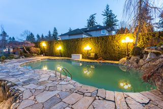 """Photo 5: 2733 170 Street in Surrey: Grandview Surrey House for sale in """"GRANDVIEW ESTATES"""" (South Surrey White Rock)  : MLS®# R2135605"""
