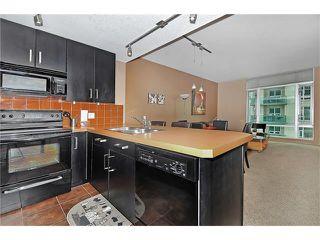 Photo 9: 1606 1410 1 Street SE in Calgary: Beltline Condo for sale : MLS®# C4105131