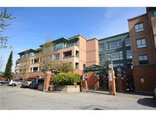 """Photo 1: 312 223 MOUNTAIN Highway in North Vancouver: Lynnmour Condo for sale in """"MOUNTAIN VIEW VILLAGE"""" : MLS®# R2160373"""