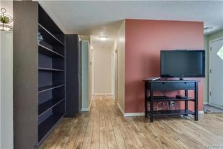 Photo 5: 458 Kent Road in Winnipeg: East Elmwood Residential for sale (3B)  : MLS®# 1714146