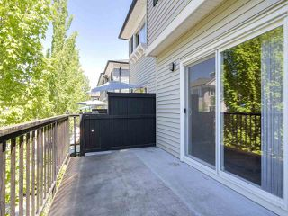 """Photo 13: 27 11067 BARNSTON VIEW Road in Pitt Meadows: South Meadows Townhouse for sale in """"COHO"""" : MLS®# R2173825"""