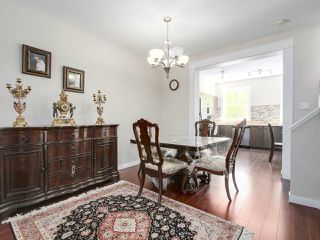 """Photo 5: 27 11067 BARNSTON VIEW Road in Pitt Meadows: South Meadows Townhouse for sale in """"COHO"""" : MLS®# R2173825"""