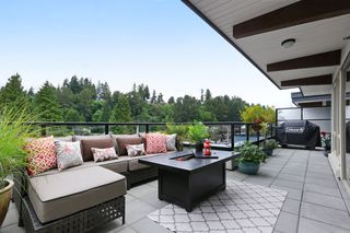 "Photo 17: 409 1330 MARINE Drive in North Vancouver: Pemberton NV Condo for sale in ""The Drive"" : MLS®# R2179113"