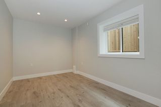 Photo 17: 231 W 19TH Street in North Vancouver: Central Lonsdale House 1/2 Duplex for sale : MLS®# R2202845