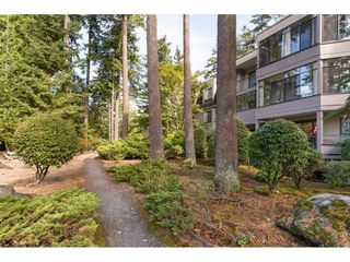 "Photo 18: 107 1740 SOUTHMERE Crescent in Surrey: Sunnyside Park Surrey Condo for sale in ""Spinnaker II"" (South Surrey White Rock)  : MLS®# R2206621"