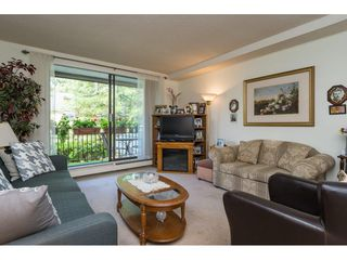 "Photo 3: 107 1740 SOUTHMERE Crescent in Surrey: Sunnyside Park Surrey Condo for sale in ""Spinnaker II"" (South Surrey White Rock)  : MLS®# R2206621"