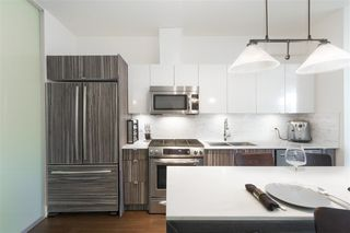 """Photo 11: 210 2250 COMMERCIAL Drive in Vancouver: Grandview VE Condo for sale in """"MARQUEE"""" (Vancouver East)  : MLS®# R2209246"""