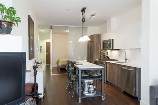 """Photo 9: 210 2250 COMMERCIAL Drive in Vancouver: Grandview VE Condo for sale in """"MARQUEE"""" (Vancouver East)  : MLS®# R2209246"""