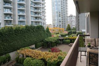 Photo 5: 306 620 SEVENTH Avenue in New Westminster: Uptown NW Condo for sale : MLS®# R2221057