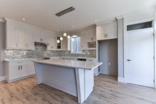 """Photo 6: 8230 204 Street in Langley: Willoughby Heights House for sale in """"Yorkson"""" : MLS®# R2230229"""