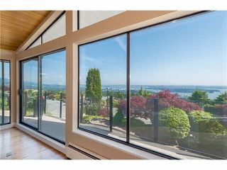 """Photo 6: 1403 CHIPPENDALE Road in West Vancouver: Chartwell House for sale in """"CHARTWELL"""" : MLS®# R2235485"""