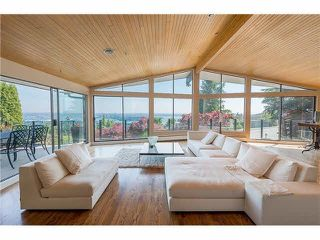 """Photo 3: 1403 CHIPPENDALE Road in West Vancouver: Chartwell House for sale in """"CHARTWELL"""" : MLS®# R2235485"""