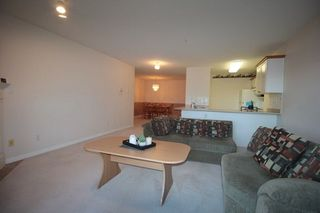 "Photo 3: 203 22150 48 Avenue in Langley: Murrayville Condo for sale in ""Eaglecrest"" : MLS®# R2238984"