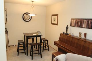 Photo 2: 2750 310 Fuller St in Abbotsford: Condo for sale