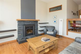 Photo 6: 2001 CLIFFSIDE Lane in Squamish: Hospital Hill House for sale : MLS®# R2249140