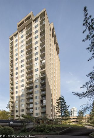 "Photo 4: PH1 9595 ERICKSON Drive in Burnaby: Sullivan Heights Condo for sale in ""CAMERON TOWERS"" (Burnaby North)  : MLS®# R2260054"
