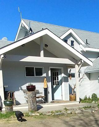"Photo 3: 26805 WEST LAKE Road in Prince George: Blackwater House for sale in ""WEST LAKE"" (PG Rural West (Zone 77))  : MLS®# R2269193"