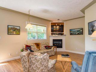 Photo 3: 8 1285 Guthrie Rd in COMOX: CV Comox (Town of) Row/Townhouse for sale (Comox Valley)  : MLS®# 787440