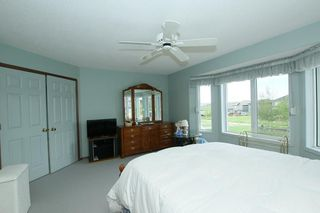 Photo 13: 76 Sandstone Ridge Crescent: Okotoks House for sale : MLS®# C4189236
