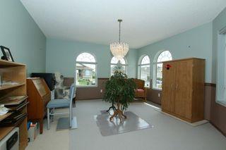 Photo 8: 76 Sandstone Ridge Crescent: Okotoks House for sale : MLS®# C4189236
