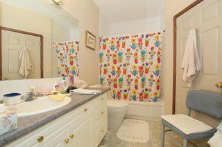 Photo 22: 76 Sandstone Ridge Crescent: Okotoks House for sale : MLS®# C4189236