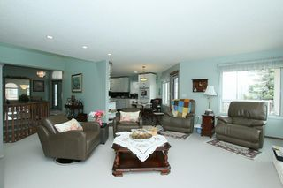 Photo 5: 76 Sandstone Ridge Crescent: Okotoks House for sale : MLS®# C4189236