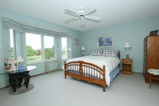 Photo 12: 76 Sandstone Ridge Crescent: Okotoks House for sale : MLS®# C4189236