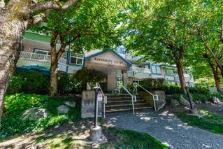 "Photo 16: 303 11960 HARRIS Road in Pitt Meadows: Central Meadows Condo for sale in ""KIMBERLEY COURT"" : MLS®# R2290286"