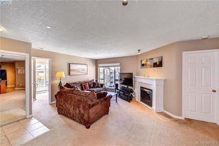 Photo 6: 408 893 Hockley Ave in VICTORIA: La Langford Proper Condo for sale (Langford)  : MLS®# 794570