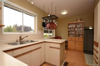 Photo 7: 7787 Wallace Drive in SAANICHTON: CS Saanichton Single Family Detached for sale (Central Saanich)  : MLS®# 397531