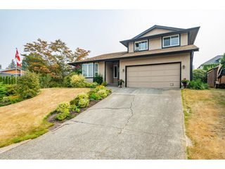 """Photo 1: 3652 DUNSMUIR Way in Abbotsford: Abbotsford East House for sale in """"Bateman"""" : MLS®# R2299092"""