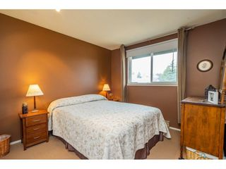 """Photo 12: 3652 DUNSMUIR Way in Abbotsford: Abbotsford East House for sale in """"Bateman"""" : MLS®# R2299092"""