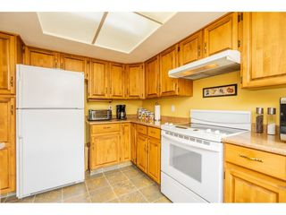 """Photo 4: 3652 DUNSMUIR Way in Abbotsford: Abbotsford East House for sale in """"Bateman"""" : MLS®# R2299092"""