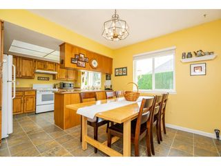 """Photo 3: 3652 DUNSMUIR Way in Abbotsford: Abbotsford East House for sale in """"Bateman"""" : MLS®# R2299092"""