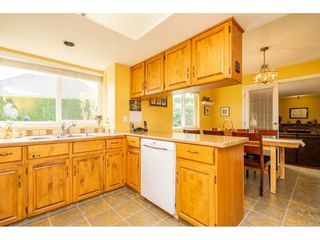 """Photo 5: 3652 DUNSMUIR Way in Abbotsford: Abbotsford East House for sale in """"Bateman"""" : MLS®# R2299092"""