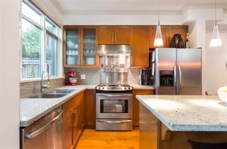 "Photo 5: 2 1950 W 5TH Avenue in Vancouver: Kitsilano Townhouse for sale in ""THE EDGE OF FIFTH"" (Vancouver West)  : MLS®# R2307731"