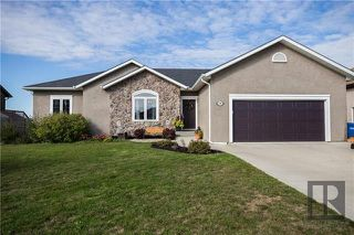 Photo 1: 208 Carnoustie Cove in Niverville: The Highlands Residential for sale (R07)  : MLS®# 1825411