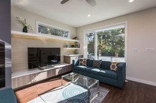 Photo 4: 14228 95 Avenue in Edmonton: Zone 10 House for sale : MLS®# E4131916