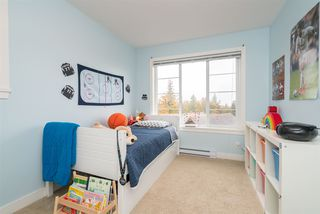 """Photo 13: 24 35626 MCKEE Road in Abbotsford: Abbotsford East Townhouse for sale in """"Ledgeview Villas"""" : MLS®# R2318750"""