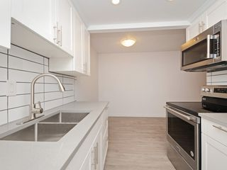 "Photo 2: 103 338 WARD Street in New Westminster: Sapperton Condo for sale in ""IZUMIDONO"" : MLS®# R2319040"