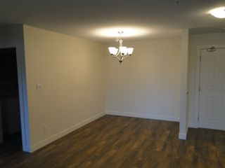 """Photo 3: 337 2451 GLADWIN Road in Abbotsford: Abbotsford West Condo for sale in """"Centennial Court"""" : MLS®# R2329915"""