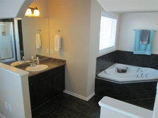 Photo 11: 6944 19A Avenue in Edmonton: Zone 53 House Half Duplex for sale : MLS®# E4149801