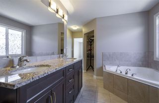 Photo 19: 1439 WATES Link in Edmonton: Zone 56 House for sale : MLS®# E4152733