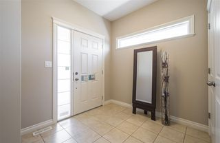 Photo 2: 1439 WATES Link in Edmonton: Zone 56 House for sale : MLS®# E4152733