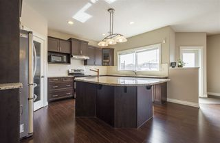 Photo 8: 1439 WATES Link in Edmonton: Zone 56 House for sale : MLS®# E4152733