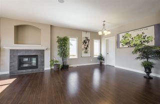 Photo 4: 1439 WATES Link in Edmonton: Zone 56 House for sale : MLS®# E4152733