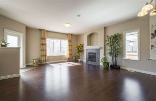 Photo 5: 1439 WATES Link in Edmonton: Zone 56 House for sale : MLS®# E4152733
